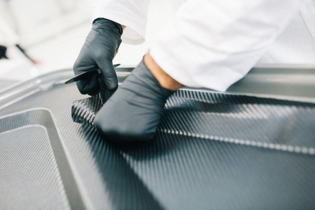Carbon Prototypen Kleinserienfertigung Prepreg-Layup Österreich Deutschland.jpg