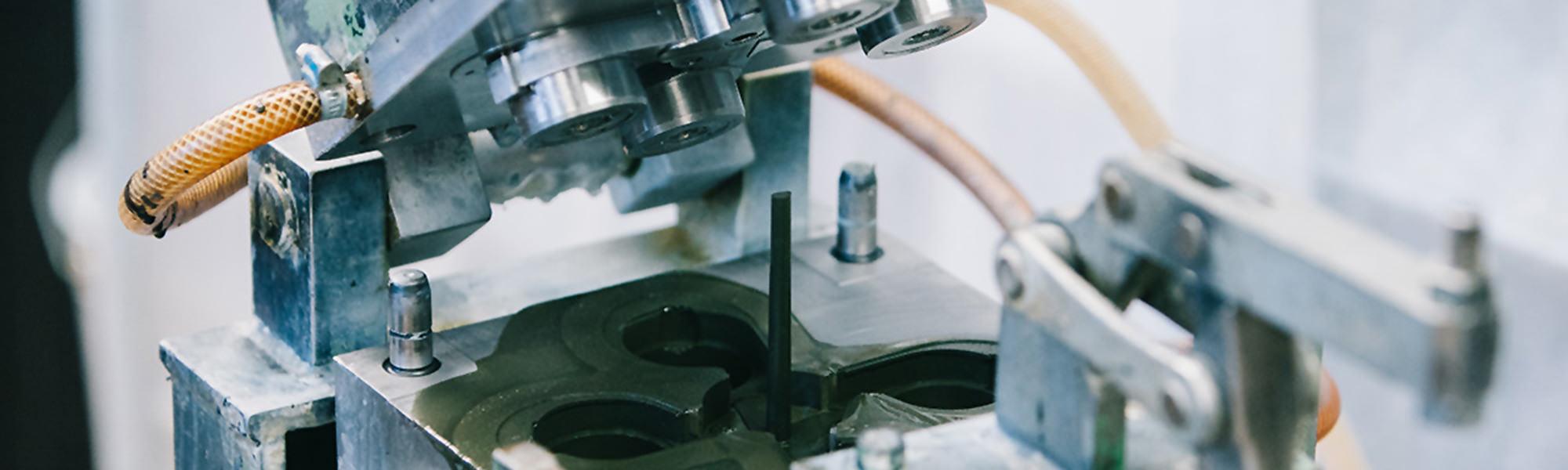 Schaumwerkzeug Reaction Injection Moulding RIM Schäumen Motorsport Automotive Wehrtechnik.jpg