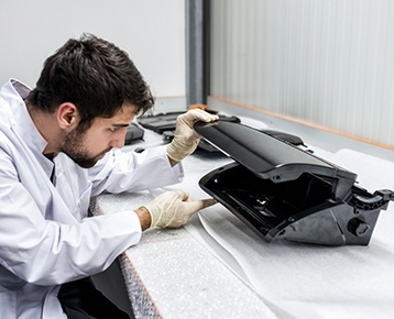 Spritzguss Kunststoff Leichtbau RIM Prototypen Kleinserienherstellung