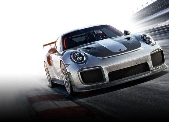 Kunststoff und Carbon Motorsport