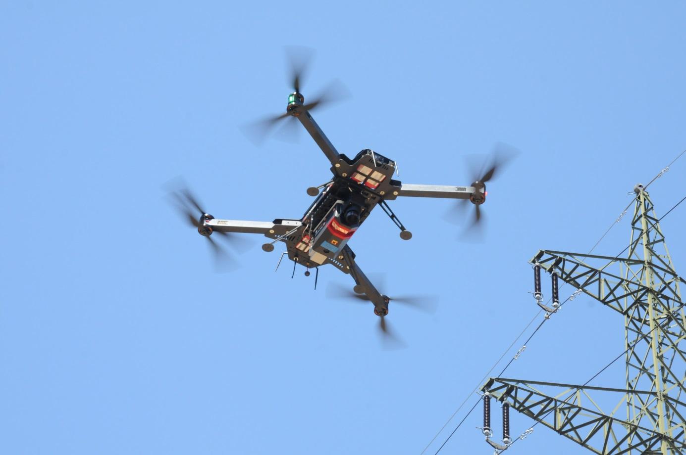 Leichtbau UAV für Vermessungstechnik der Firma Riegl